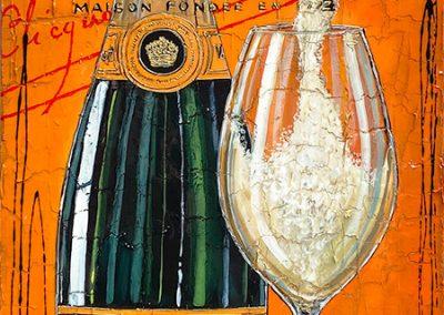 Bouteille de champagne Veuve Clicquot sur fond orange avec flûte de champagne